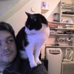 2006-01-23 - Grouik on his human's shoulder