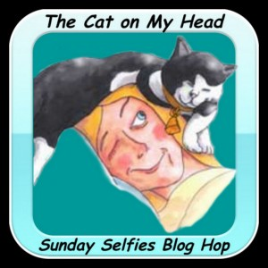 Sunday Selfies Blog Hop - The Cat on My Head